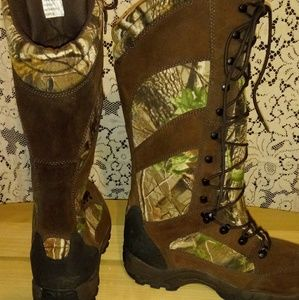 "guide gear Shoes - NWOT GUIDE GEAR 16"" Waterproof Hunting Boots"